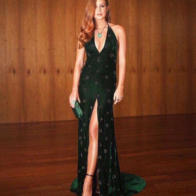 A atriz Marina Ruy Barbosa atraiu todos os flashes nahellip