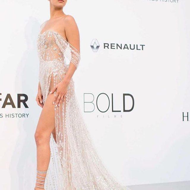 bellahadid maravilhosa no red carpet de Cannes a bordo dehellip